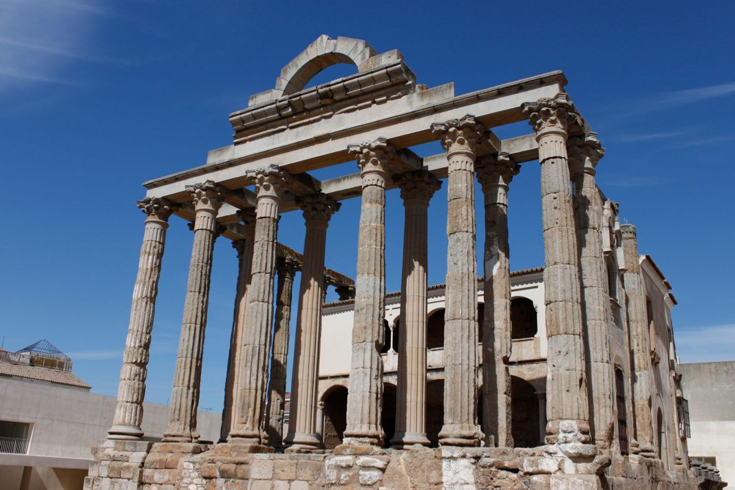 Sector-turistico-Extremadura-crece